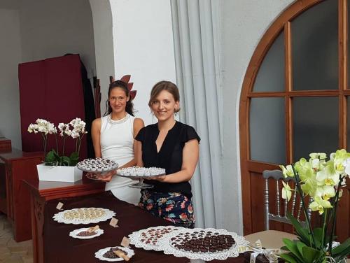 Csokoládés desszertasztal és kóstoltatás