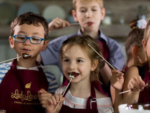 Csokoholizmus – a csokoládéfüggőség fizikai és lelki vetületei