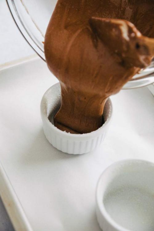 easy-chocolate-souffle-4-jernejkitchen_1.jpg